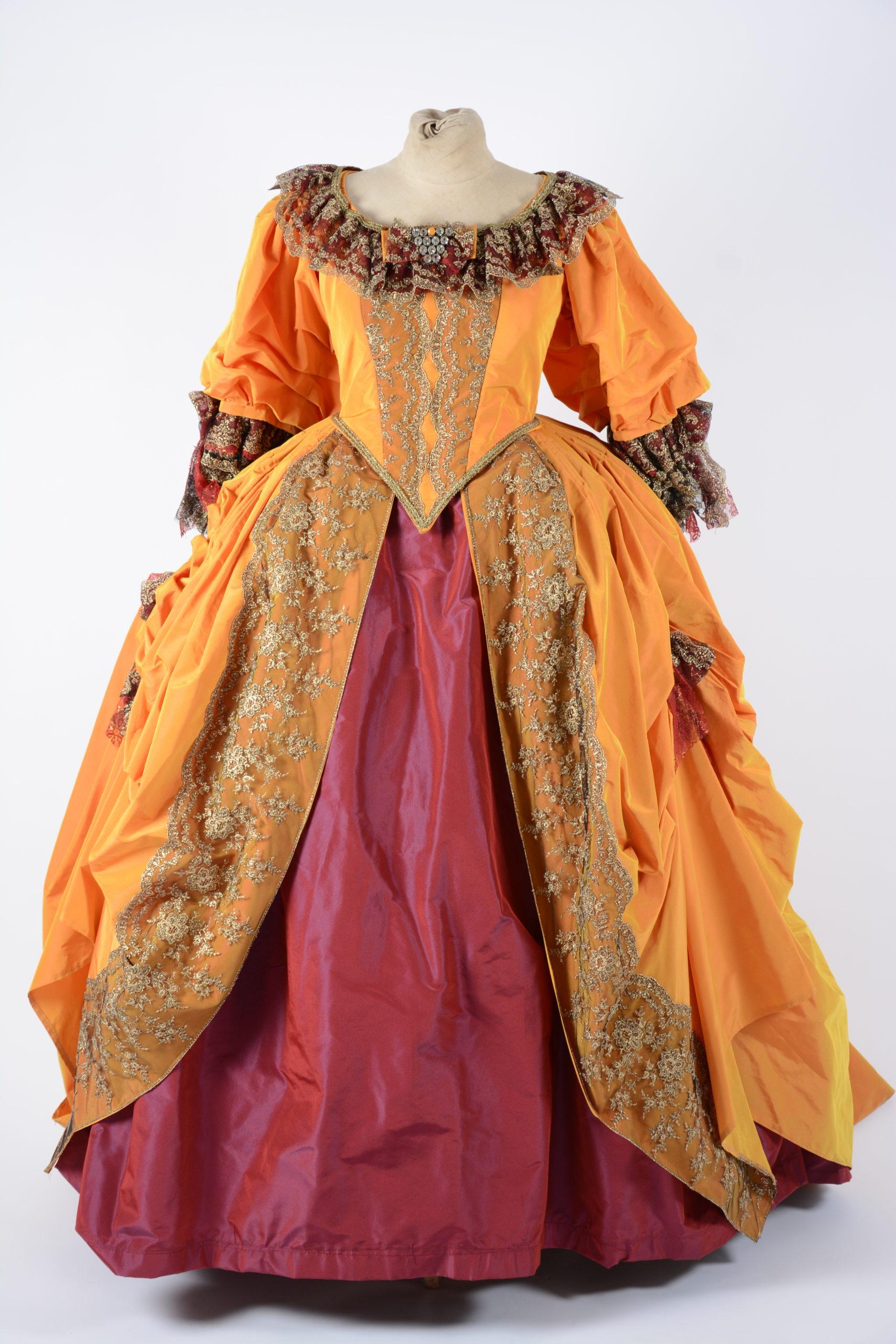 Robe Rococo-Baroque
